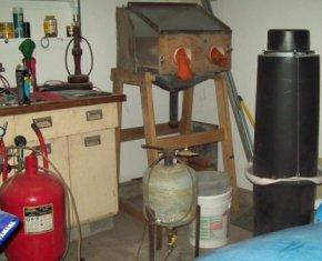 Equipment in the garage for sandblasting.