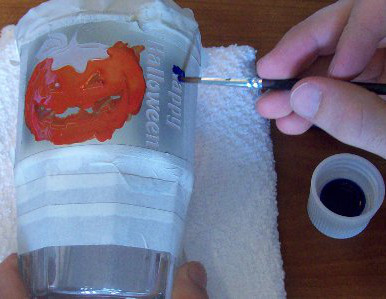 Halloween Etching & Painting Glasses with Bakeable Paint